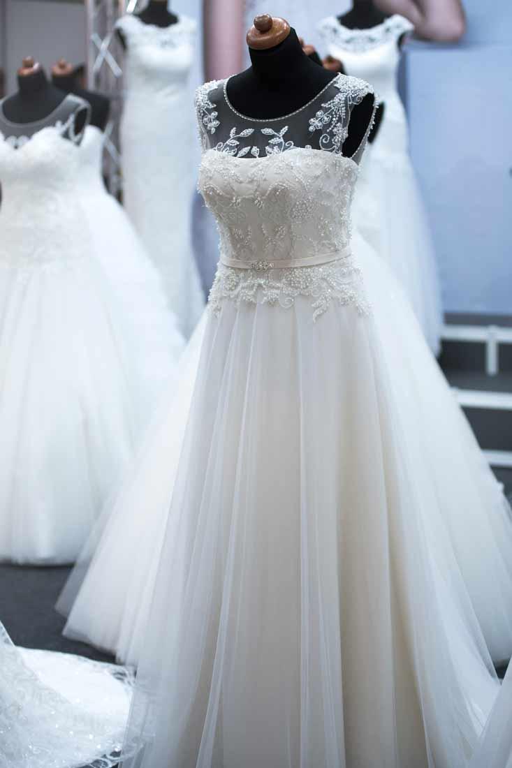 l❶ Hochzeitskleid - Brautkleid ändern > Schneiderei Coburg